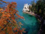 Pictured_Rocks_National_Lakeshore%2C_Lake_Superior%2C_Michigan