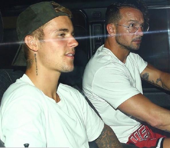 Justin Bieber se îndreaptă spre studioul de înregistrare cu pastorul Carl Lentz: Ce pregătesc?