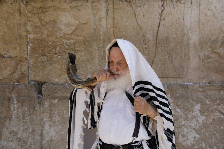 Azi Israel sărbătorește al 70-lea jubileu! (Rosh Ha Shanah ראש השנה). O fi ultimul?